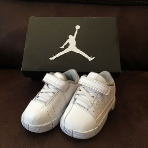 Nike Air Jordan TE2 Low Sneakers Shoes